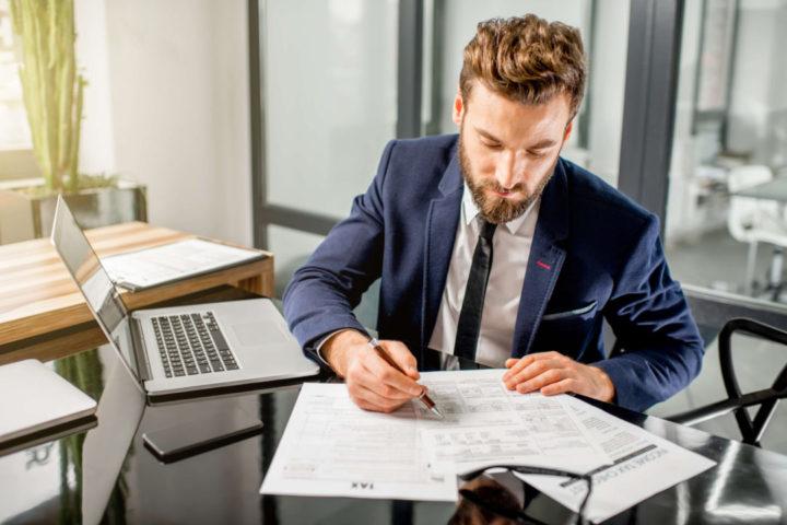 A pena em caso de não emissão de nota fiscal é bastante prejudicial às contas da empresa. Saiba quais são lendo esse post!