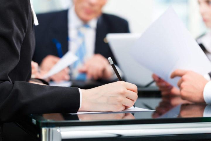 Saiba os pontos positivos e negativos de contar com um conselho administrativo na empresa da família. Leia e fique por dentro!