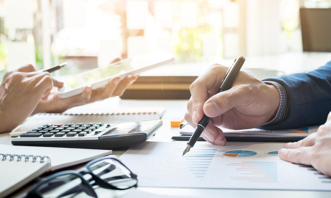 Por meio do rateio de custos, você aumenta o controle sobre os gastos do negócio e analisa com mais precisão o uso dos recursos financeiros. Saiba mais!